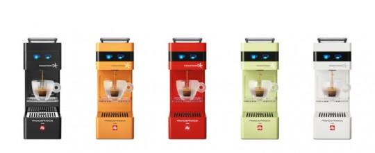 macchina caffè, y3, iperespresso, espresso, capsule, gardone