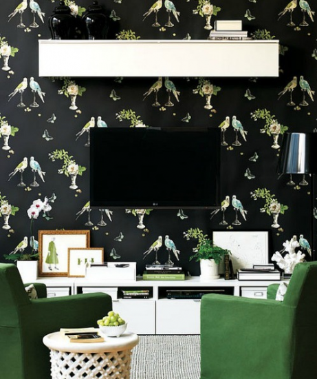 tv-deco-black-wall-2-461x550