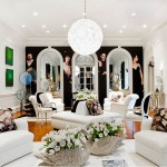 white-tulips-arrangements-in-the-living-room