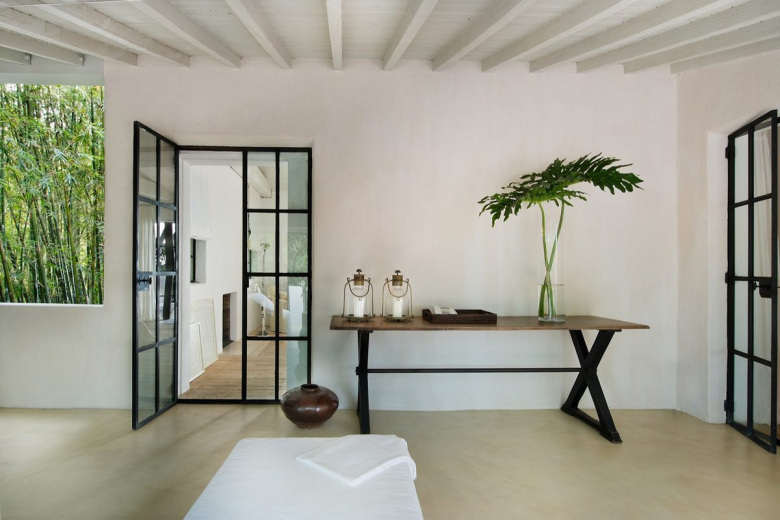 an-inside-look-at-calvin-kleins-miami-beach-house-2