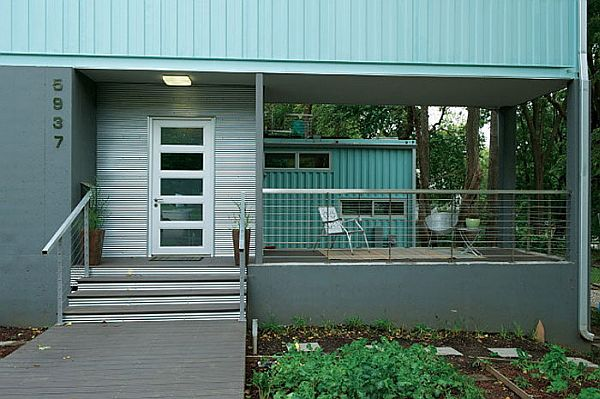 five-shipping-containers-into-modern-home