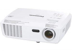 Projector Panasonic PT-LX270E DLP Απόλαυσε HD εικόνα & κινηματογραφική απόλαυση για ταινίες και αθλητικά. Με την τελευταία τεχνολογία DLP, ο PT-LX270E της Panasonic παρέχει προβολή μοναδικής ποιότητας.