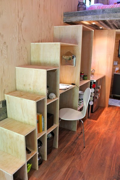 college-student-tiny-house6