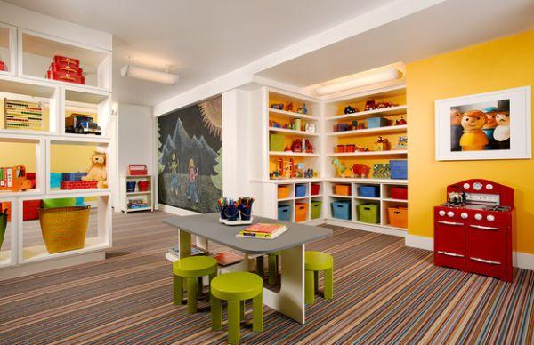 Ένα καταπληκτικό playroom γεμάτο χρώματα