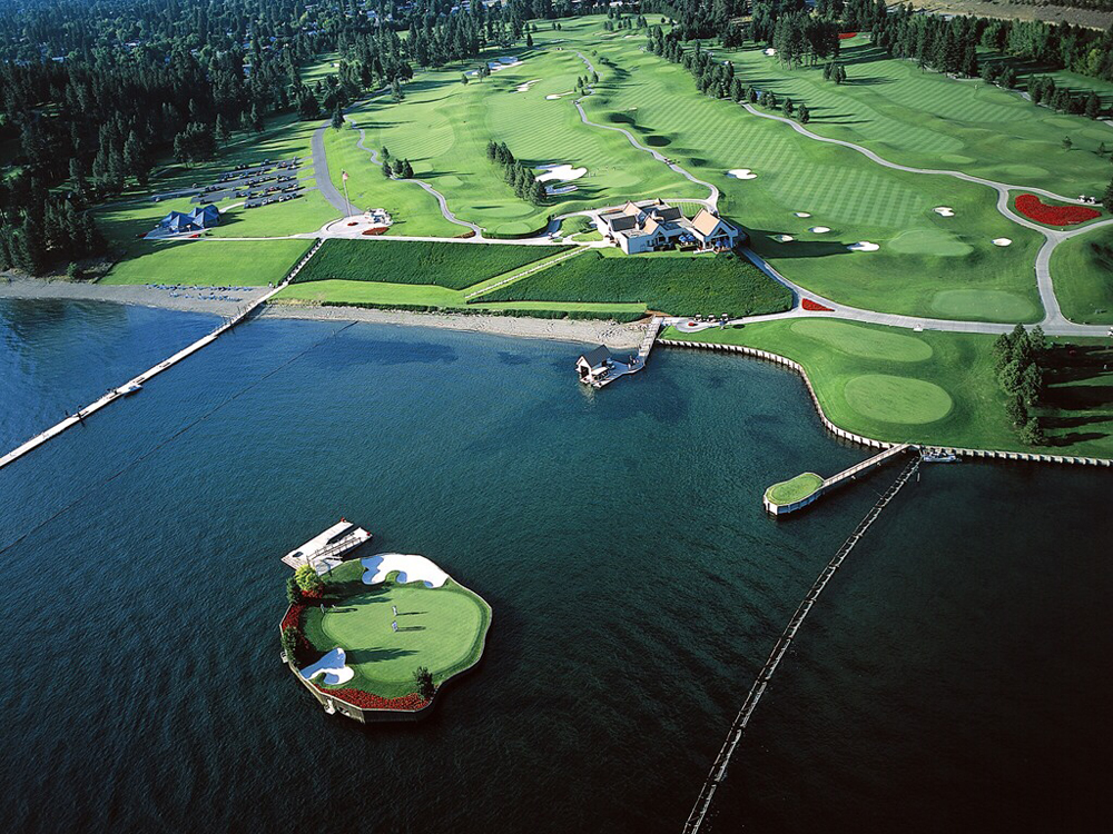 Το γήπεδο γκολφ που επιπλέει