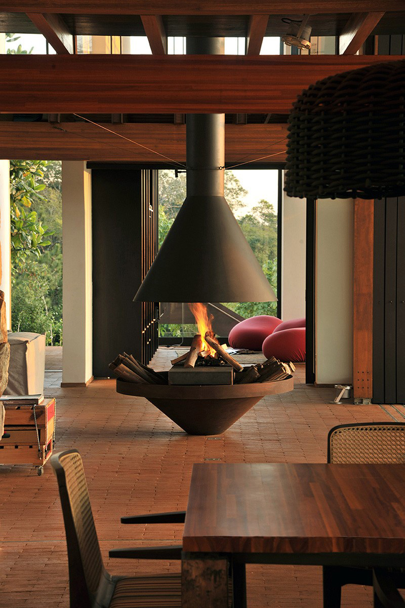 freestanding-fireplace_250915_05
