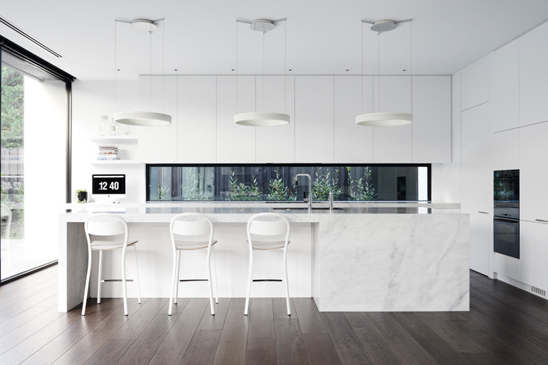 white-kitchens_300815_02