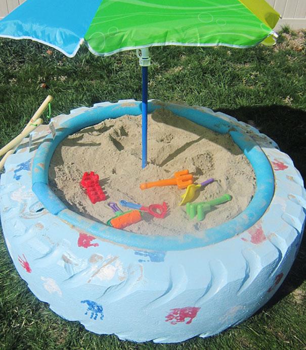 Ένα παιχνίδι με άμμο για το παιδί σας