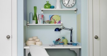 FLSRA208FL_tween-bedroom-desk_s3x4.jpg.rend.hgtvcom.1280.1707