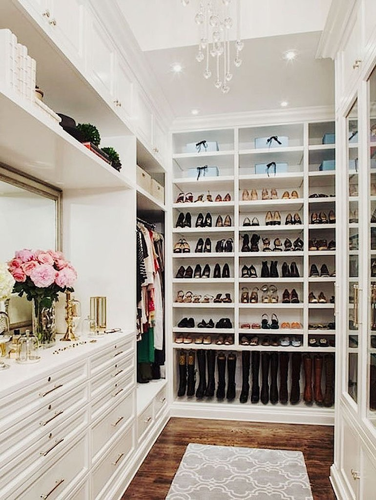 Large-Walk--Closet
