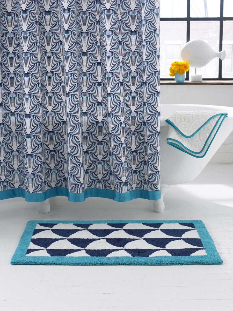 shower-curtain-from-