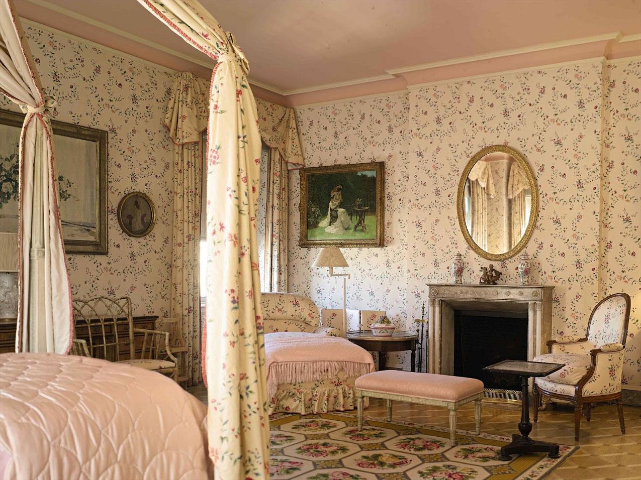 exclusive-design-vintage-wallpaper-for-bedroom