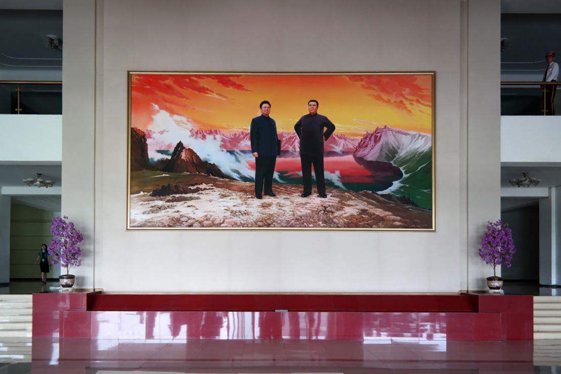 north-korean-interiors-mirror-wes-anderson-film-sets-010