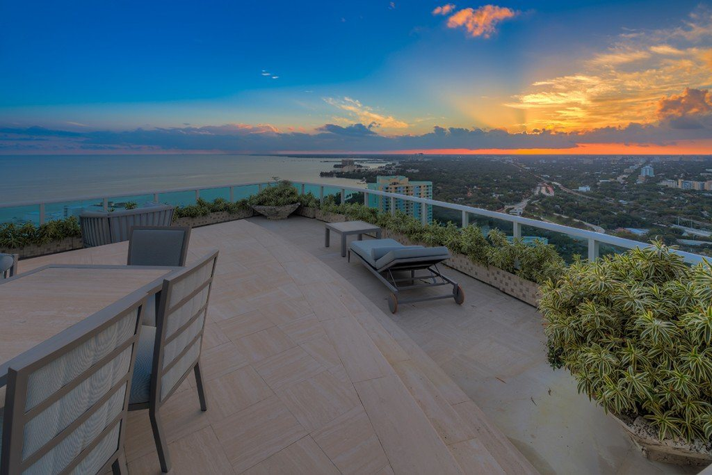 pharrell-miami-penthouse-for-sale-16