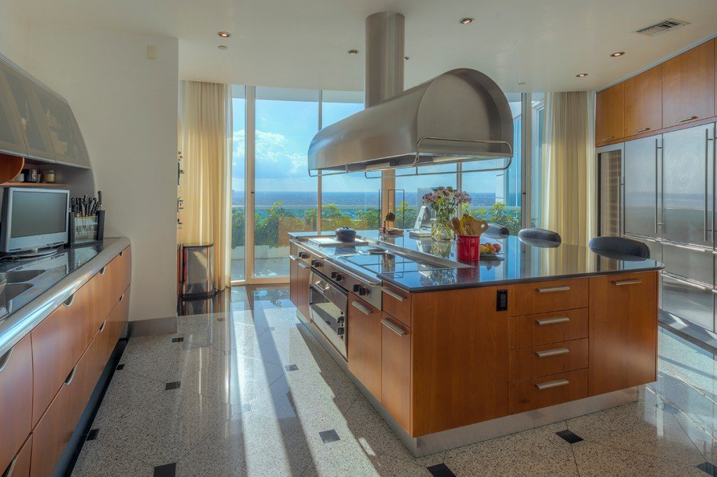 pharrell-miami-penthouse-for-sale-4