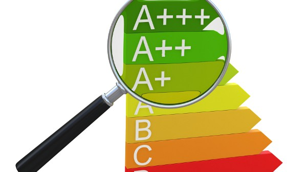 energyefficiency_label_alexyndr_Shutterstock_com_104035592_01