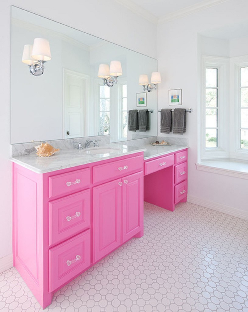 Beautiful-Design-Of-Pink-Theme-Bathroom-Pink-Cabinet-With-Patern-Floor