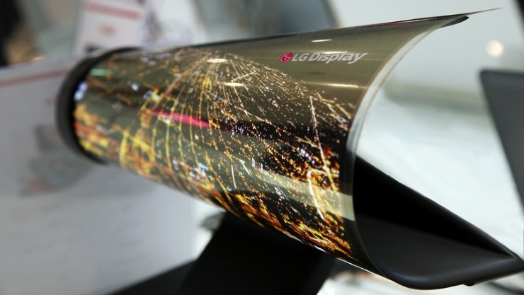 rollable lg