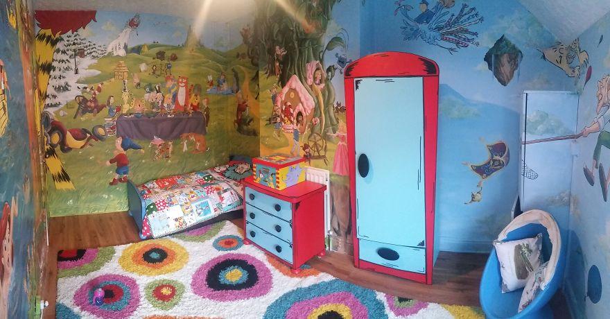 Ζωγράφισε θέμα Παραμυθιού στο δωμάτιο της κόρης της για να την ενθαρρύνει να διαβάζει!