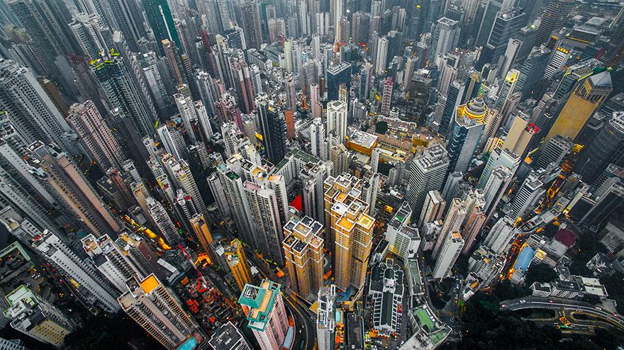 Πώς φαίνεται το Hong Kong από ένα drone