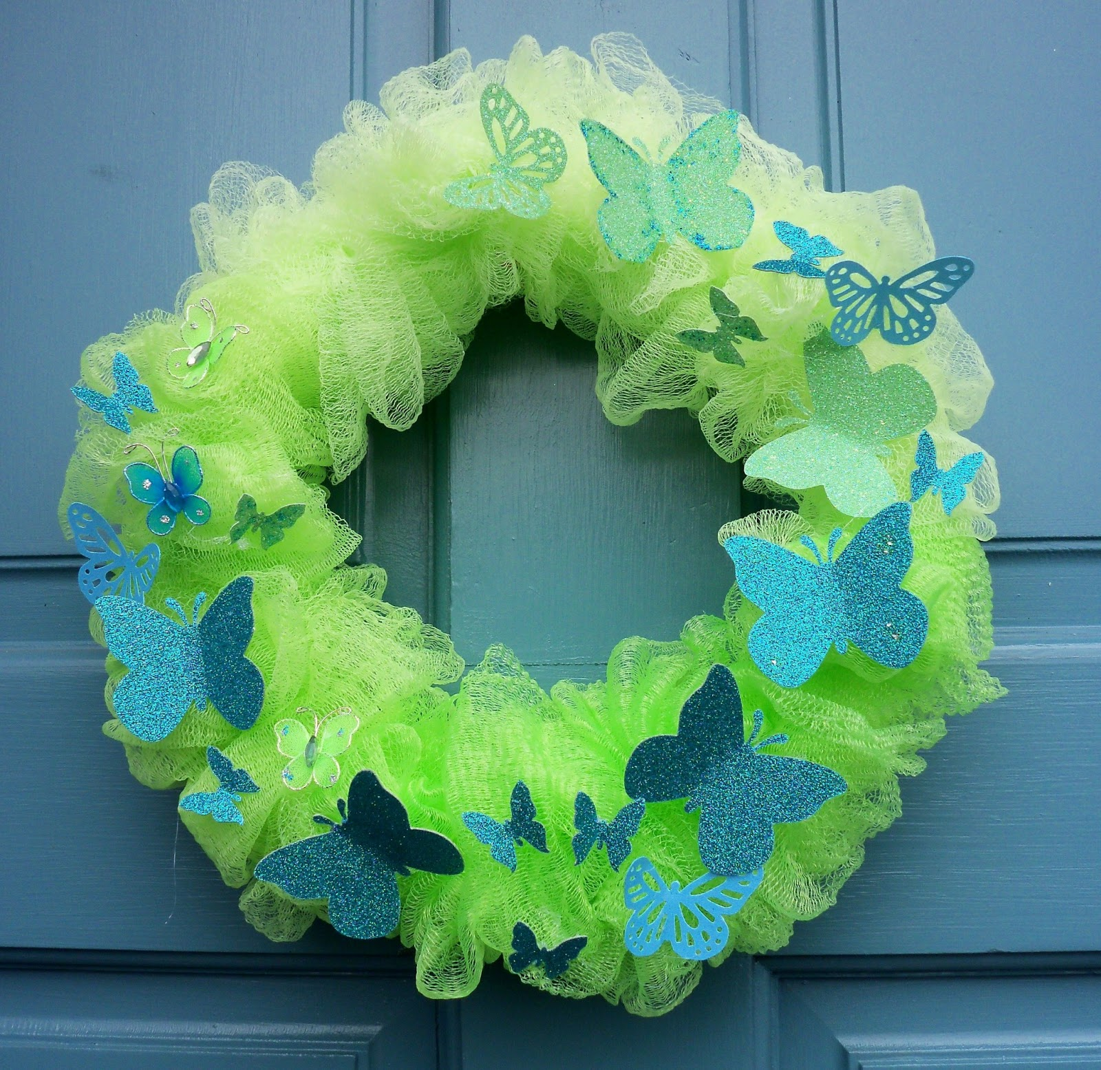 blog mesh wreath full