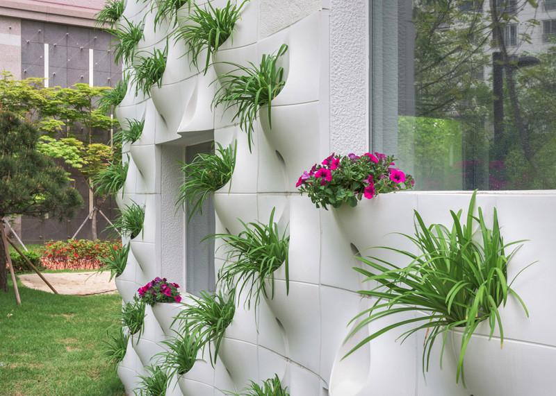 built-in-flowerpots_260216_02-800x571