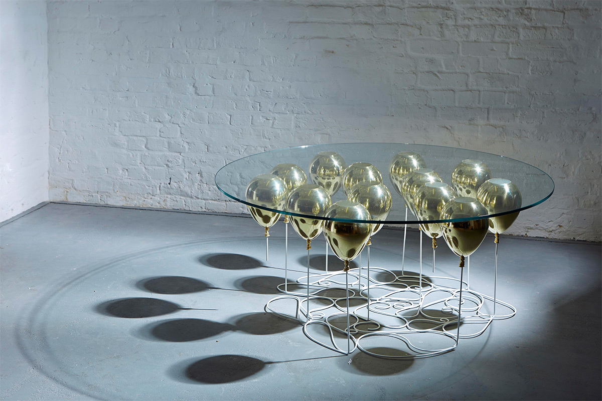 gold-table-2
