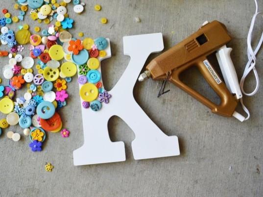 button-letters-537x402
