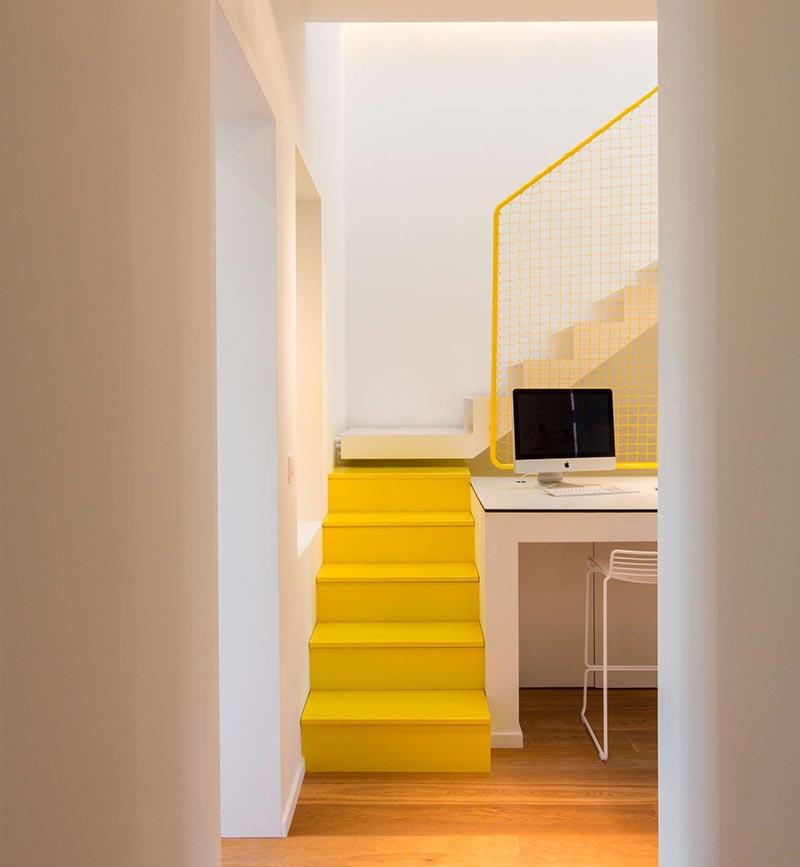 stairs-with-hidden-storage_080516_04