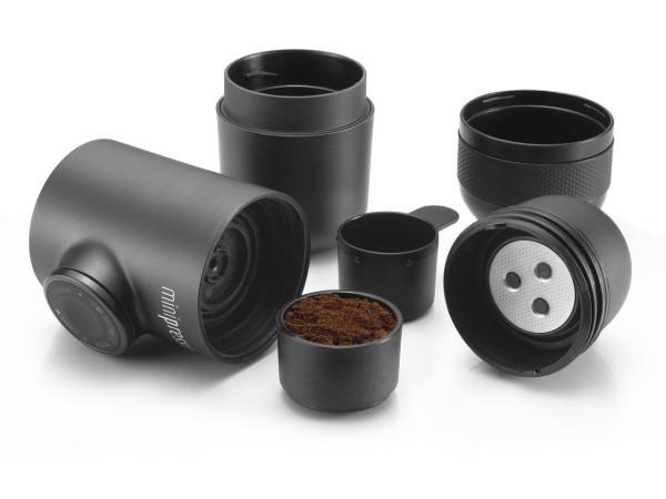 Minipresso-GR-WACACO-espresso-maker-4-600x450