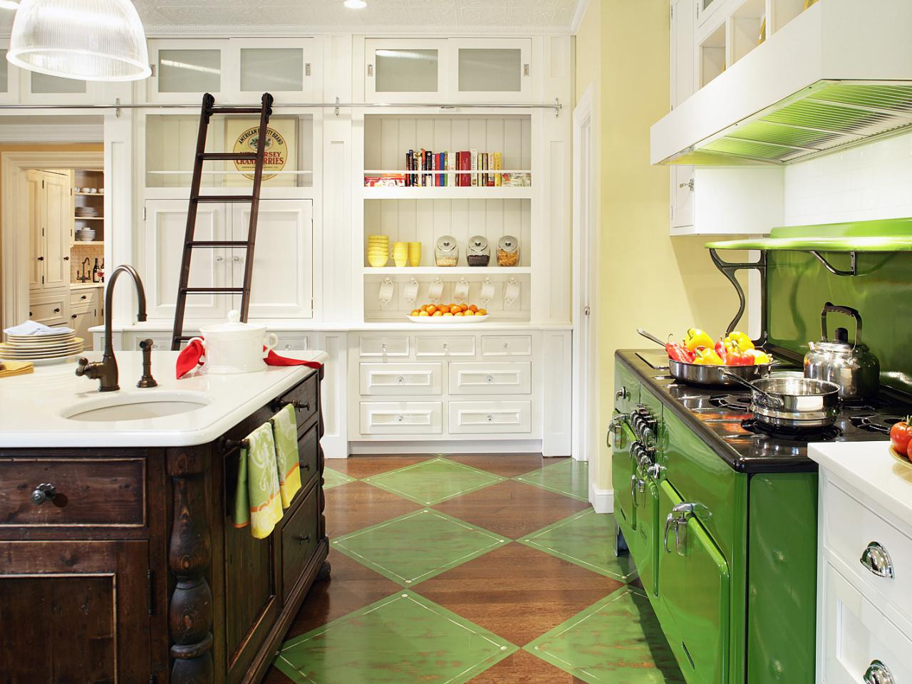 RS_Regina-Bilotta-Yellow-Green-Kitchen-2_s4x3.jpg.rend.hgtvcom.1280.960