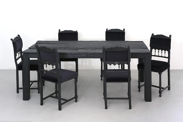 a99717_Design_Baas_Smoke_TableAndChairs_200cm_Small_300dpi_20cm