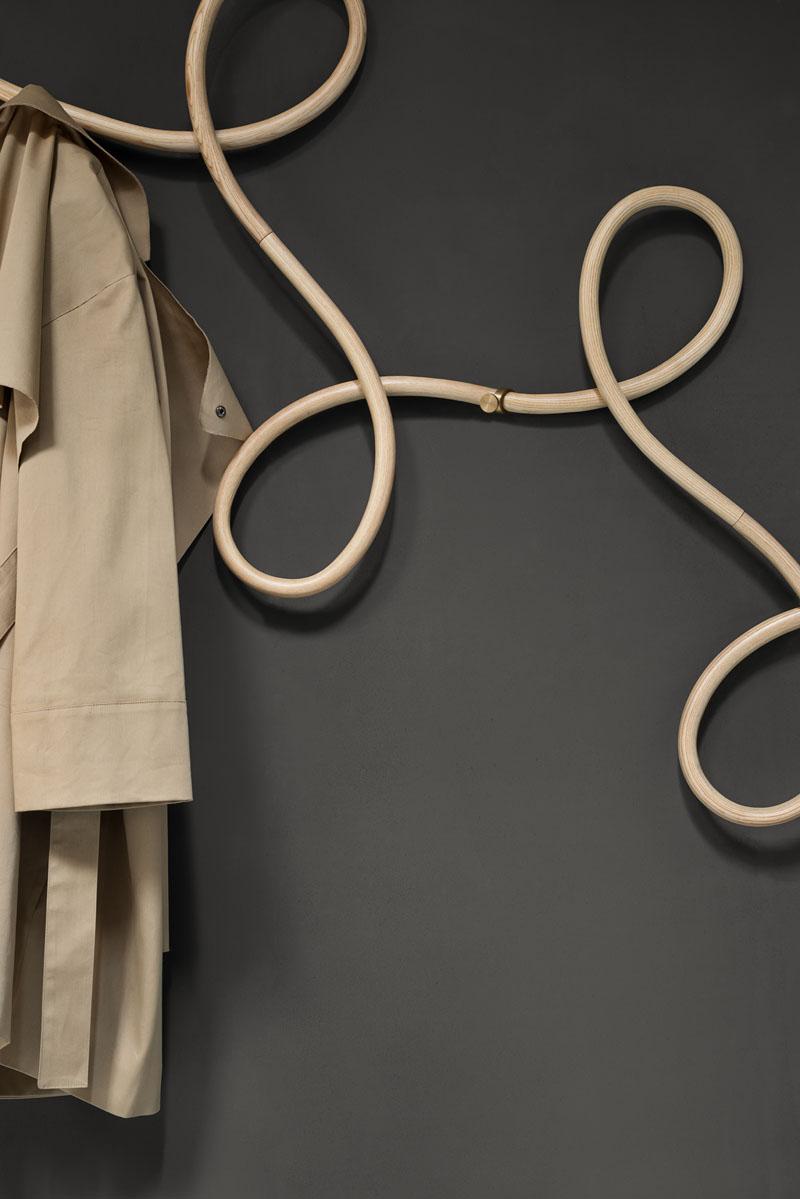 coat-rack_250716_03