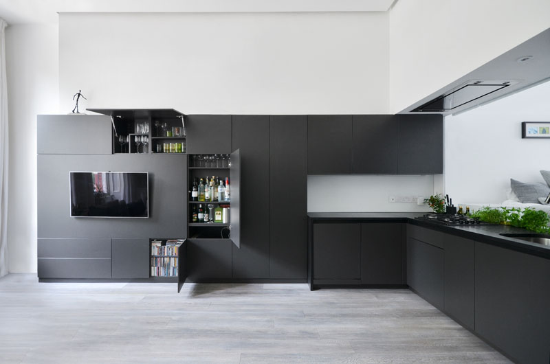black-kitchen_070716_02