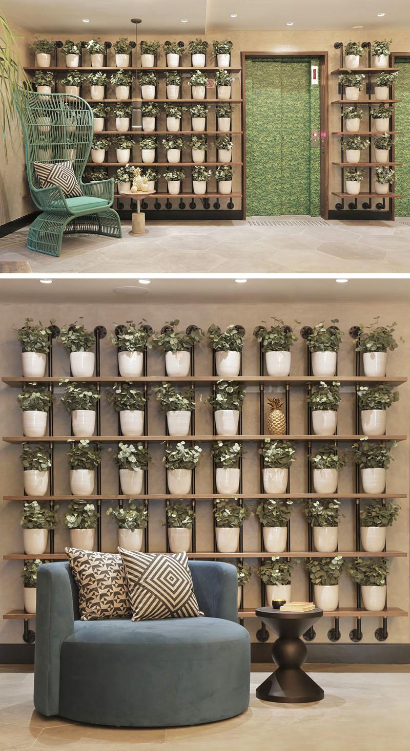 grid-plant-wall_120816_02a