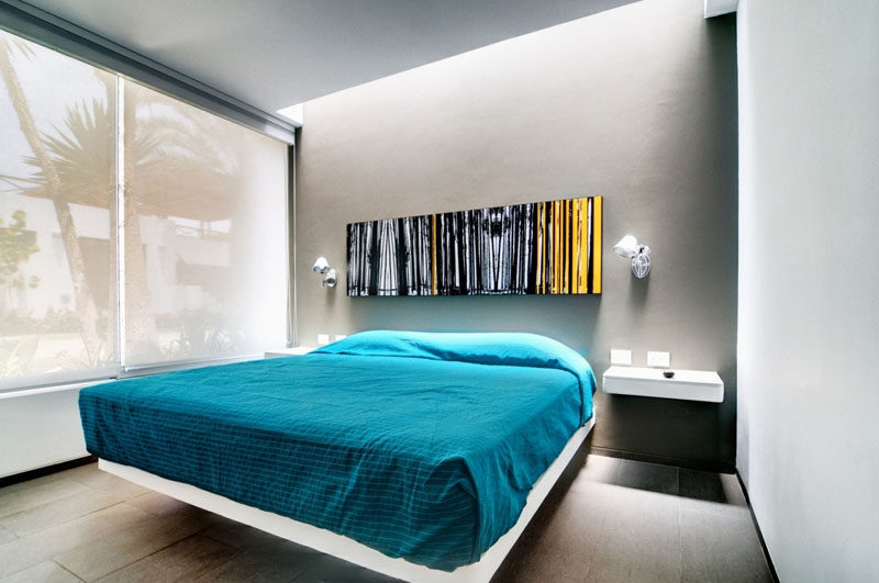 nightstands_240816_03a-800x531