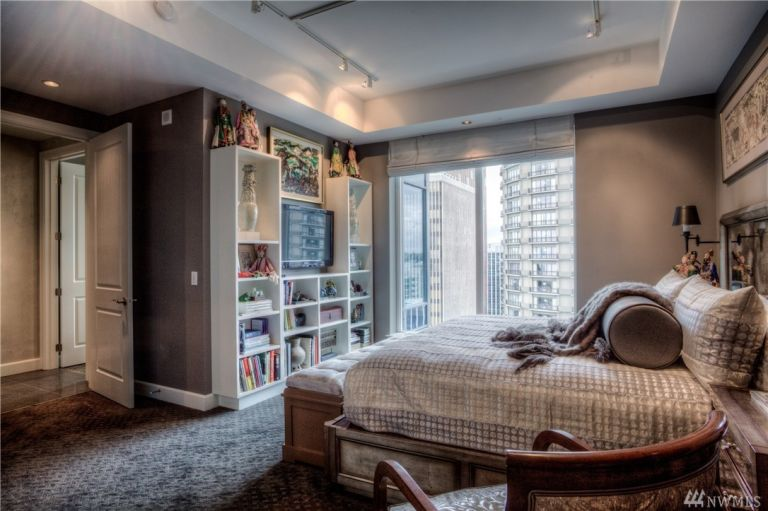 50-shades-apartment-guest-bedroom