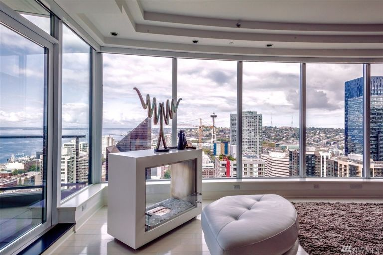 50-shades-apartment-living-room-3