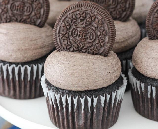 cupcakes-sokolatas-me-oreo