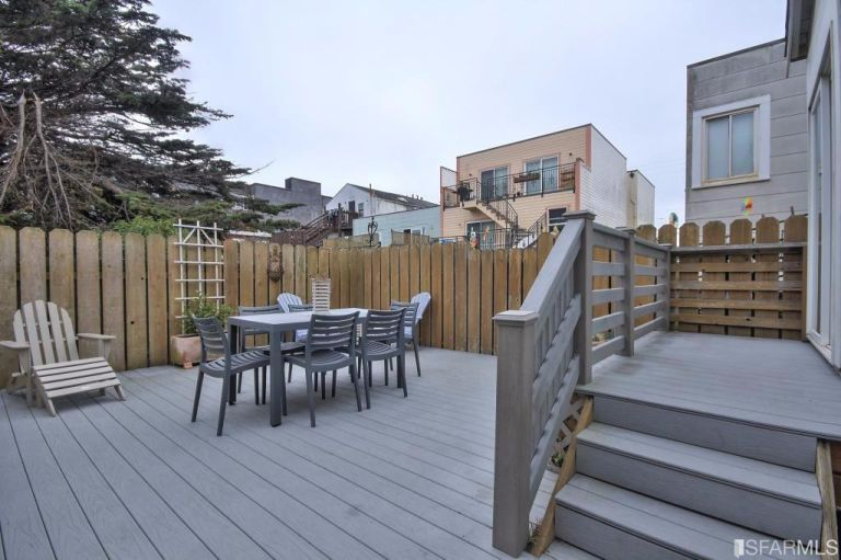 small-san-francisco-home-back-patio
