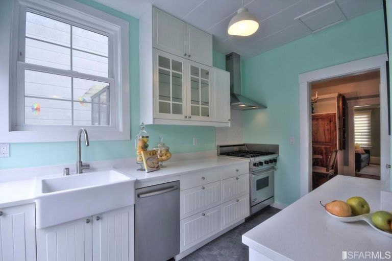 small-san-francisco-home-kitchen-4