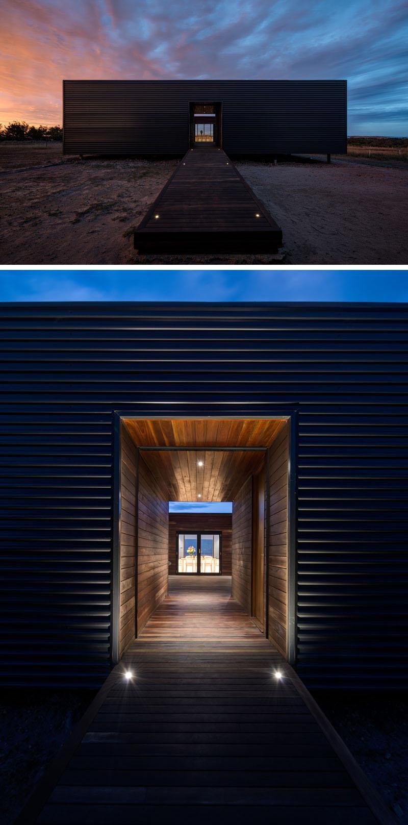 house-entrance-231116-1040-03