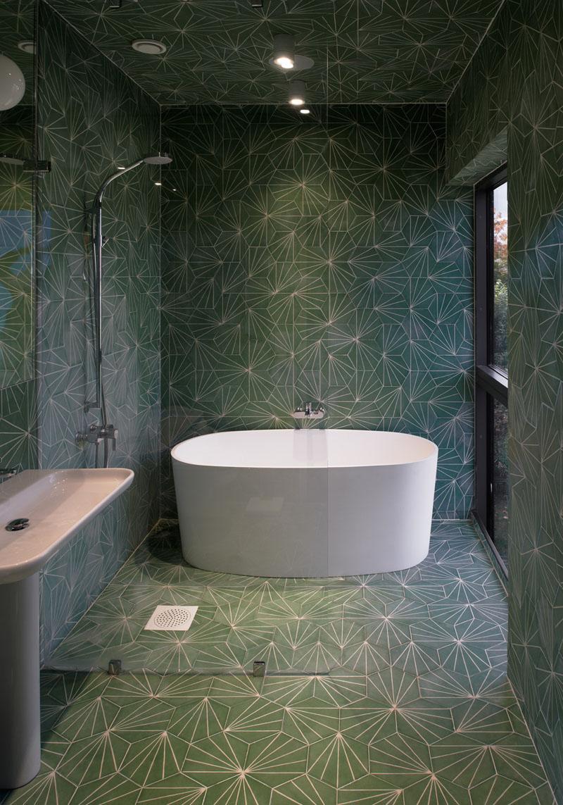 modern-bathroom-tile-design-030217-1017-01