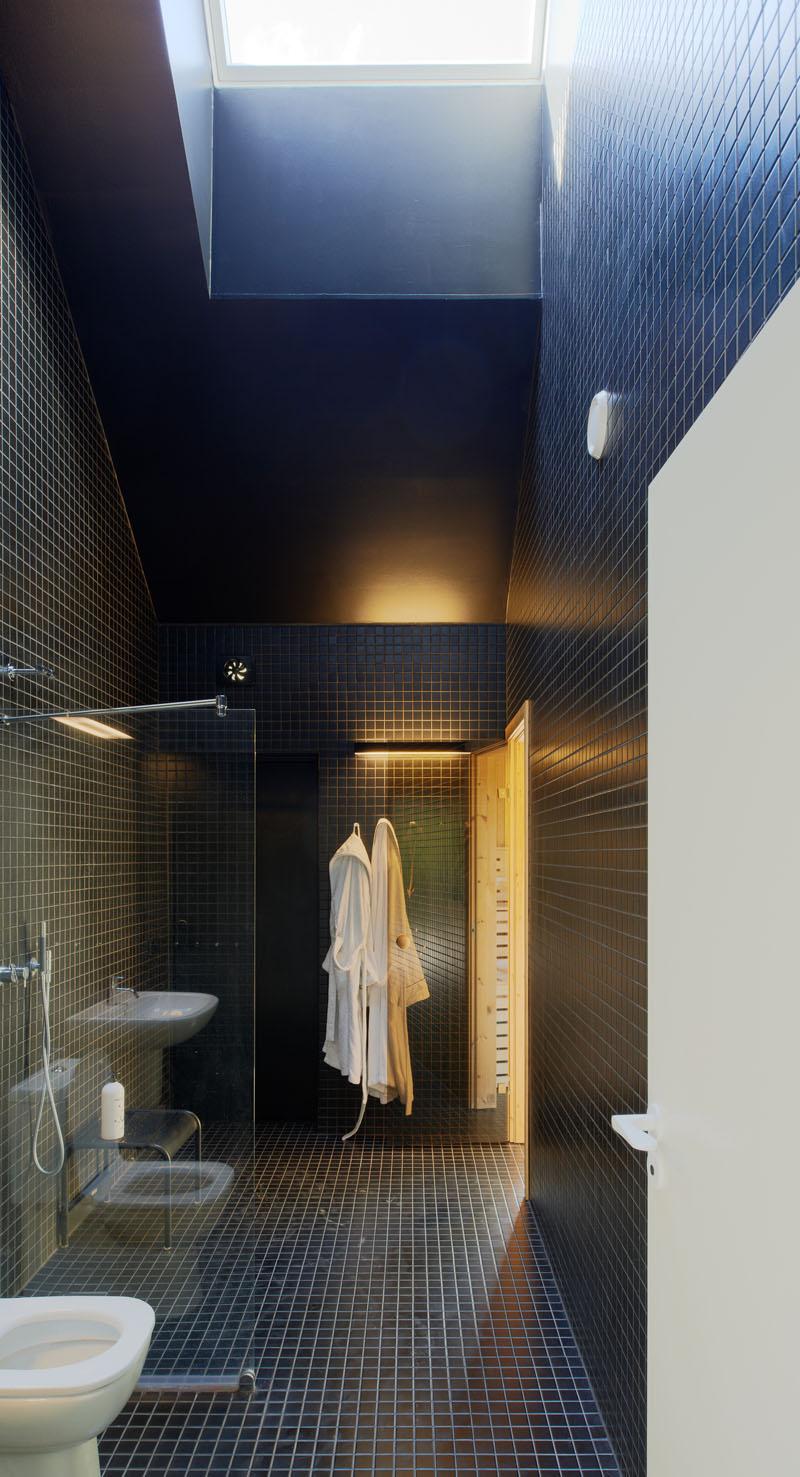 modern-bathroom-tile-design-030217-1017-03