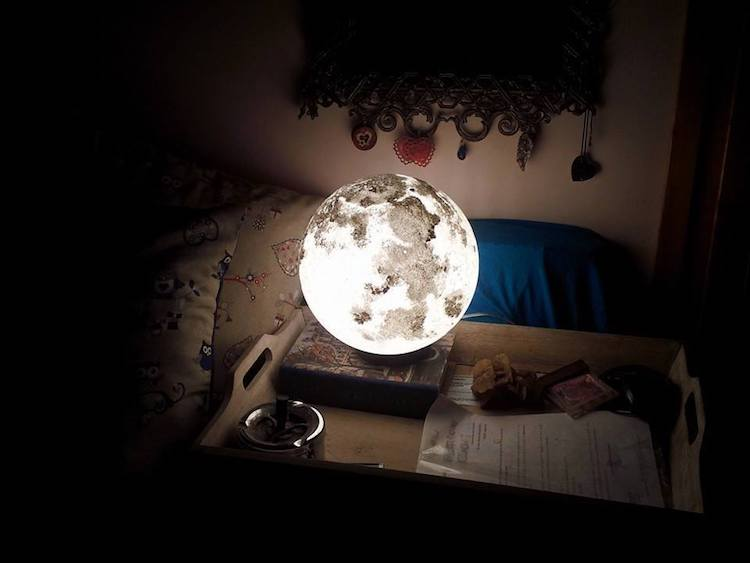 pulsar-moonlight-moon-lamp-11
