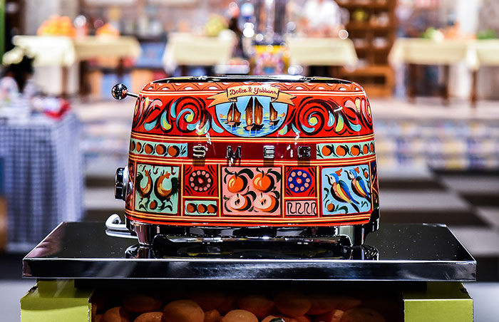 dolce-gabbana-smeg-kitchen-appliance-line-18