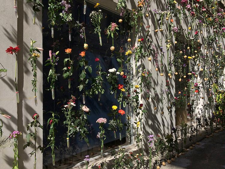 flowerprint-hanging-flower-installation-piuarch-2