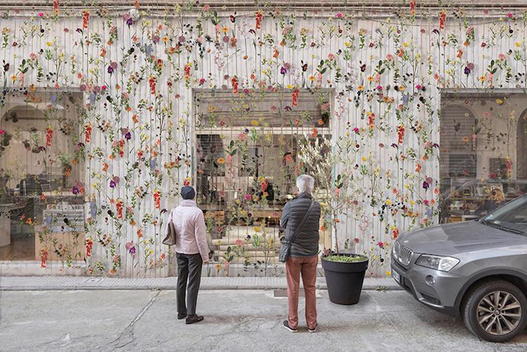 flowerprint-hanging-flower-installation-piuarch-4