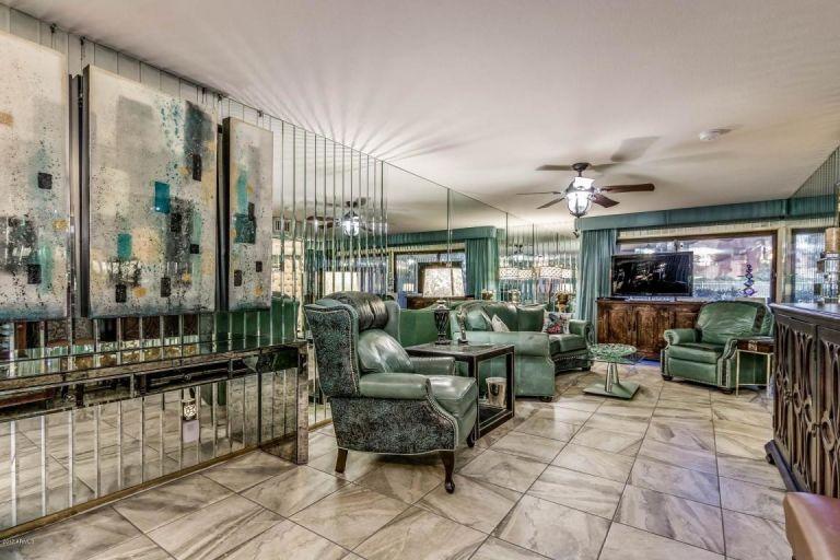 mirror-house-tv-room