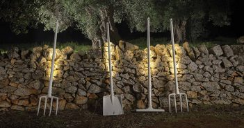 whimsical-outdoor-lighting-150517-1143-01
